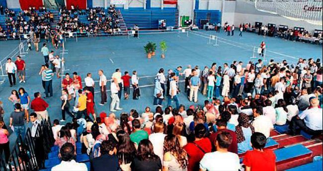 ÇÜ'ye 10 bin yeni öğrenci