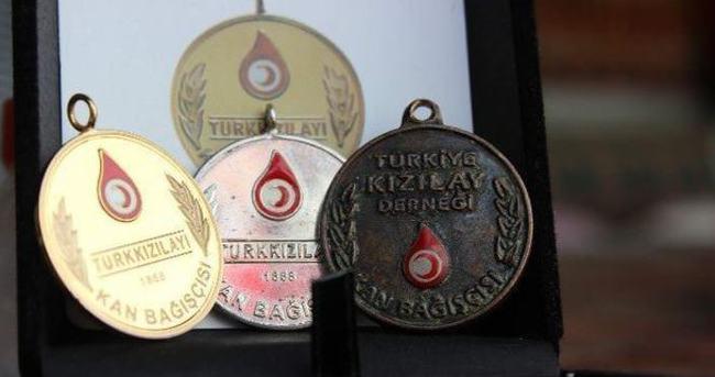 Kan bağışı yapan 79 bin kişi onurlandırıldı