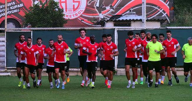 Antalyaspor'a ulusal kulüp lisansı