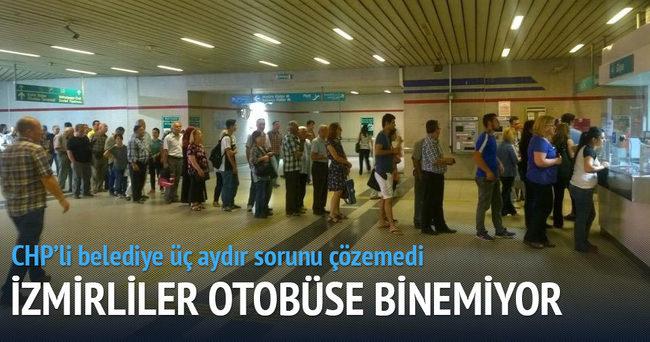 İzmir'de otobüslerde kullanılan kartlar bitti