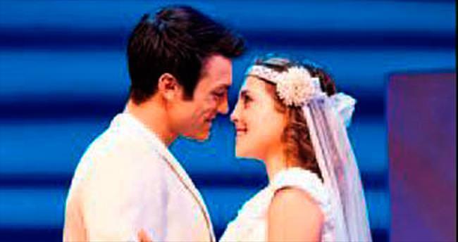 'Mamma Mia!' yeniden Türkiye'de