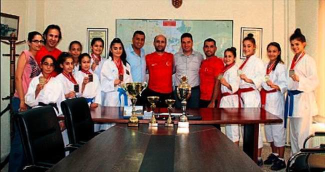 Karatecilerin büyük başarısı