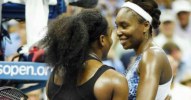 Serena Williams, ablasına acımadı!