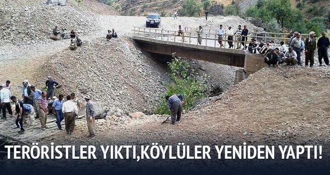 Şemdinli'de PKK'nın yıktığı köprüyü köylüler yeniden yaptı