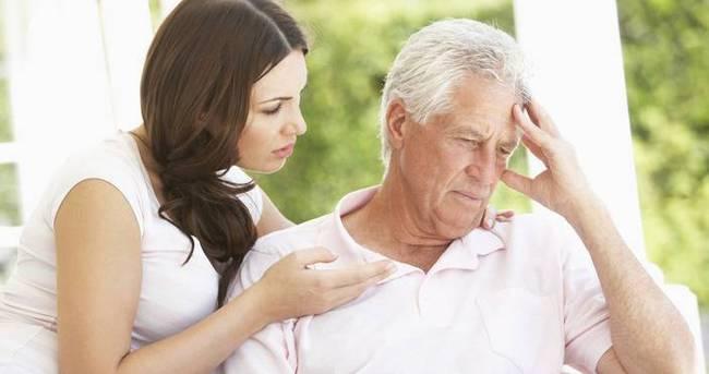 Alzheimer ameliyat ve kan nakli sırasında bulaşabilir