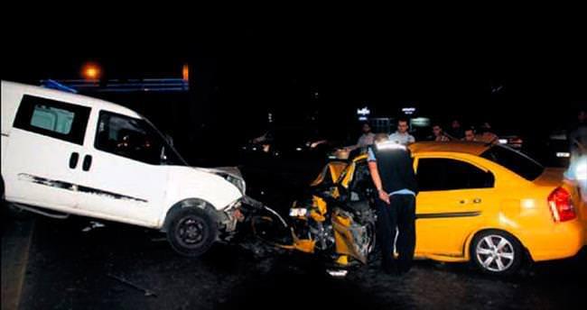 İki ayrı kazada 7 kişi yaralandı