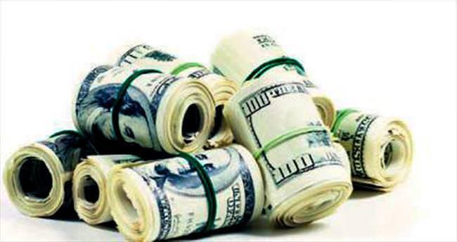 Türkler yurtdışında en çok nakit harcıyor