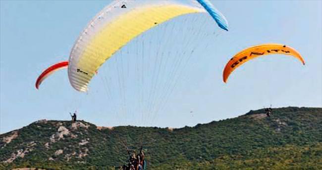 Gökyüzü havacılık festivaliyle renklendi