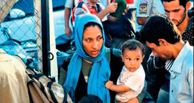 Ege'de iki göçmen botu battı: 5 kayıp