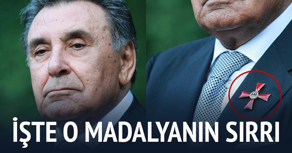Aydın Doğan'ın madalyasının altından skandal çıktı!