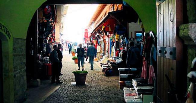 Antalya'nın İki Kapılı Han'ı