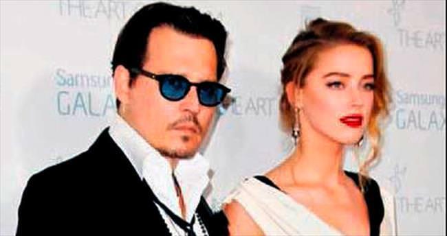 Depp: Karımın soyadını alabilirim