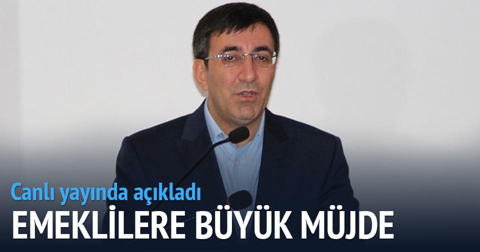 Cevdet Yılmaz'dan canlı yayında emeklilere büyük müjde!