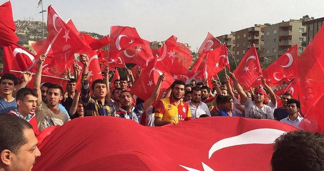 Mardin'de PKK'ya protesto