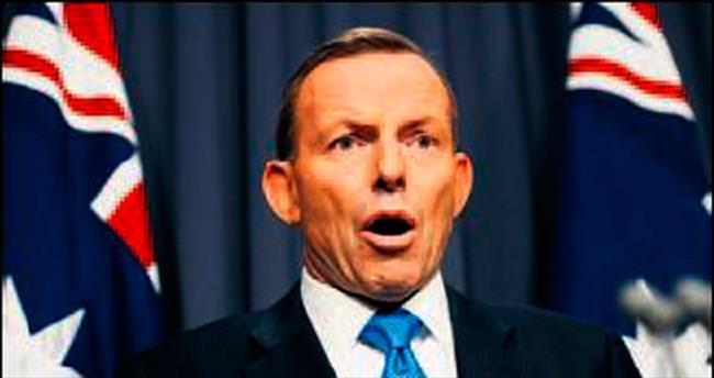 Tony Abbott koltuğunu kaybetti
