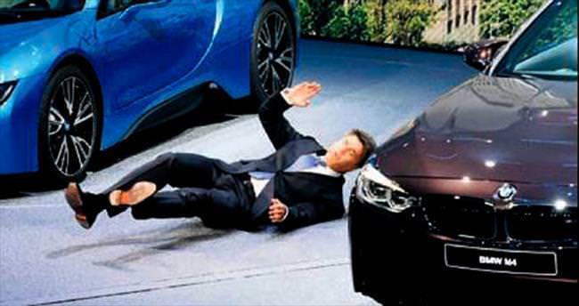 BMW'nin CEO'su ilk toplantısında bayıldı