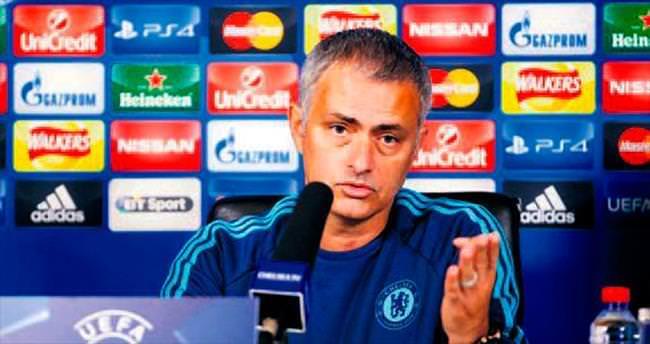 Mourinho: Aç google'dan bak!