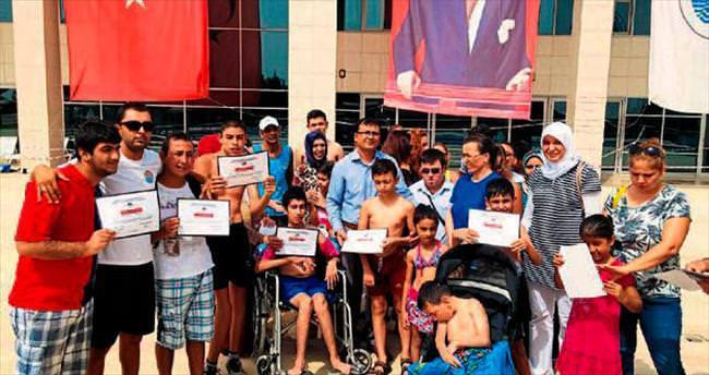Engelli bireyler sertifikalarını aldılar