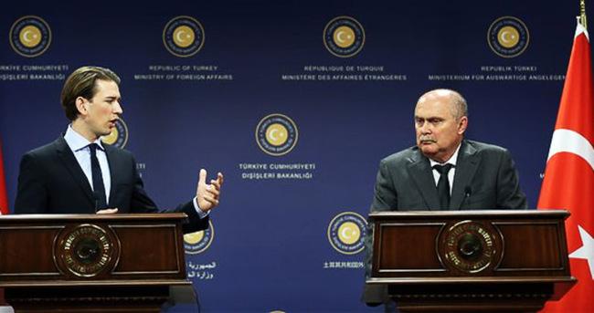 Sinirlioğlu ve Kurz'dan ortak basın toplantısı