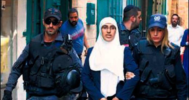 İsrail, Filistinli kadınları gözaltına aldı