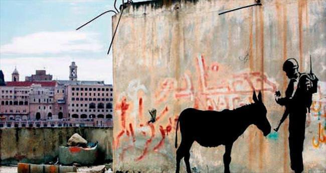 Banksy'nin İsrail zulmünü anlatan eseri satışa çıktı