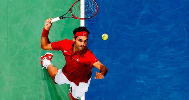 11 yıl sonra uyandı Federer'i sordu