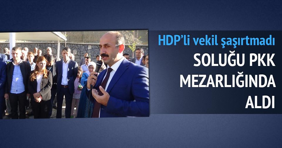 HDP'li vekil soluğu terörist mezarında aldı