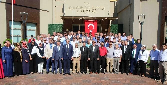 Başkan Karaosmanoğlu Gölcük Halk Bayramlaşmasına Katıldı