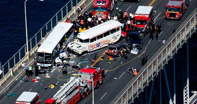 Köprü üstündeki kazada dört konuk öğrenci öldü