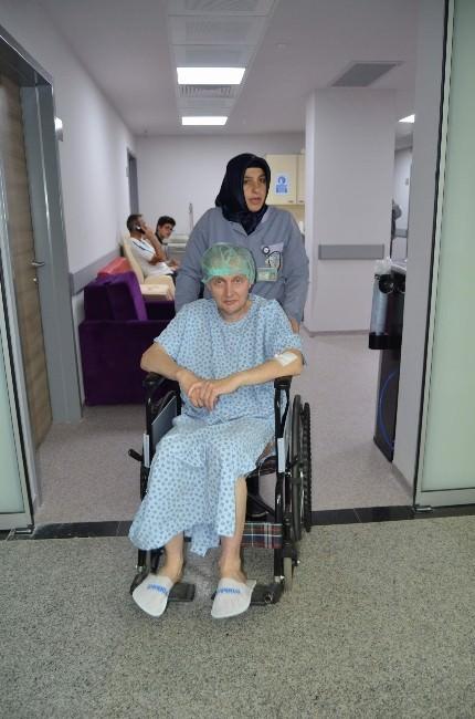 Sünnet Olmak İçin Yaklaşık 4 Bin 200 Kilometre Yol Katederek Finlandiya'dan Trabzon'a Geldi
