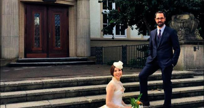 Ergeç doğduğu ülkede evlendi