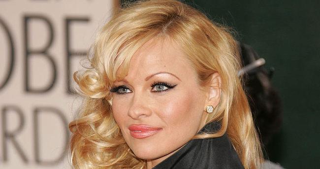 Pamela Anderson yeniden İstanbul'da