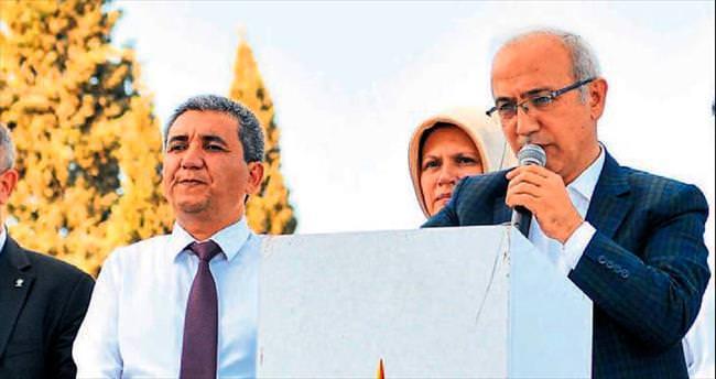 Mersin-Adana arası yol 3 şeritli olacak