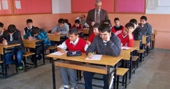 Sungurlu'da 9 Bin 545 Öğrenci Ders Başı Yaptı