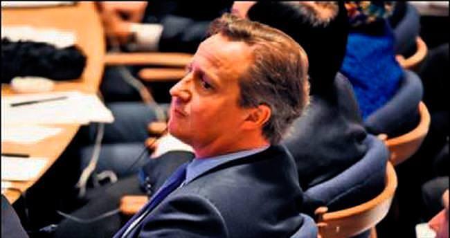 Cameron'a 'kölelik tazminatı' çağrısı