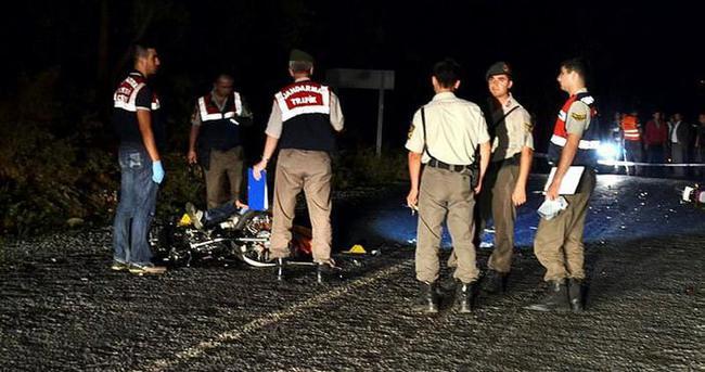 İzmir'de iki motosiklet çarpıştı: 3 ölü