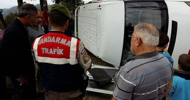 Rize'de trafik kazası: 13 yaralı