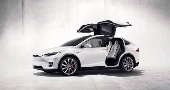 Tesla'dan dünyanın ilk elektrikli SUV'u