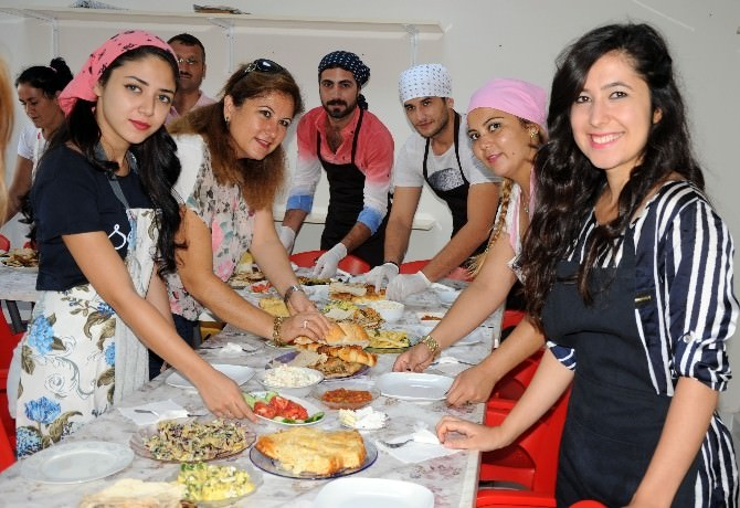 Erdemli'de Aşçılık Kursu