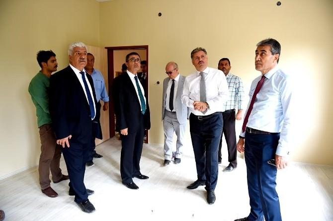 Büyükşehir Belediyesi Kaynarca'da Anaokulu Yaptı