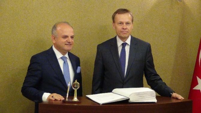Vali Çakacak, Litvanya Büyükelçisi'ni Konuk Etti
