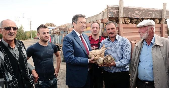 Bağımsız Yozgat Milletvekili Adayı Kayalar'a İşçi Ve Çiftçilerden Destek