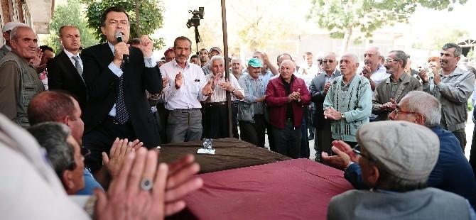 Yozgat Bağımsız Milletvekili Adayı Kayalar'a Yenifakılı'da Coşkulu Karşılama