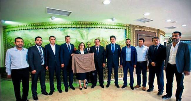 Başkan Fatma Şahin'i ziyaret ettiler