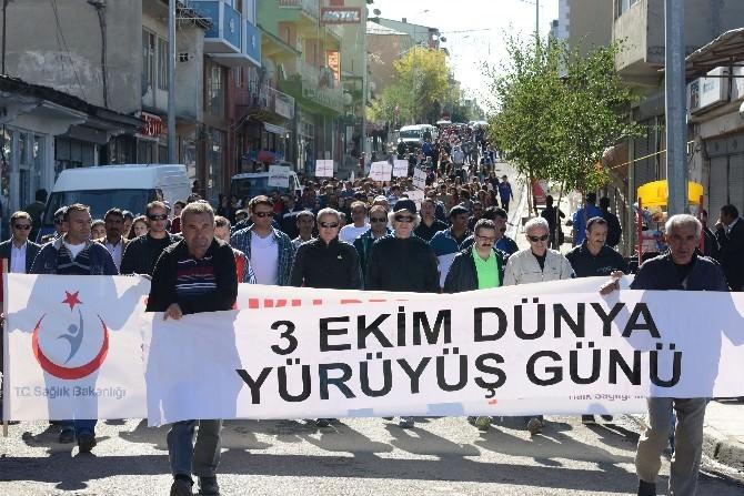 Ardahan'da Sağlıklı Yaşam Yürüyüşü Yapıldı