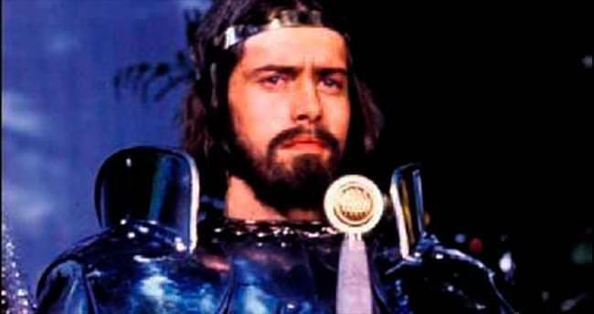 'Kral Arthur' bütün servetini bağışlamış