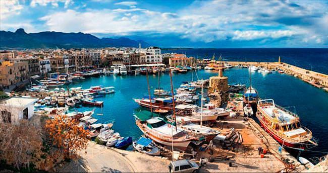 Mutluluk yoluna çıkanlar için Kıbrıs'ta özel jestler