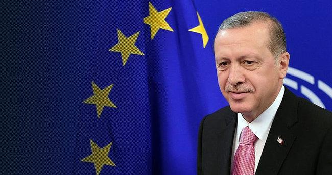 Cumhurbaşkanı Erdoğan ve Tusk basın toplantısı düzenledi
