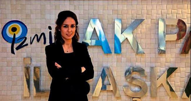 AK Partili kadınlar broşür ekibi kurdu