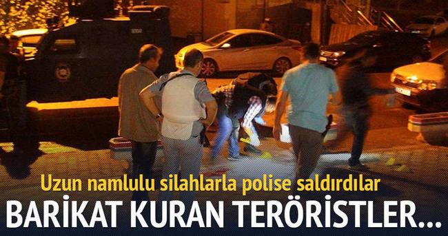Yola barikat kuran 4 terörist yaralı ele geçirildi